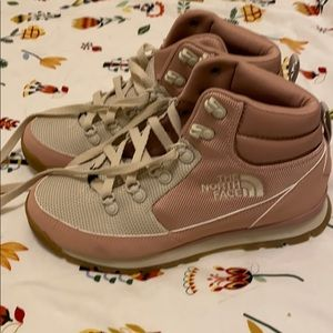 North face Pink hiking boots size 8
